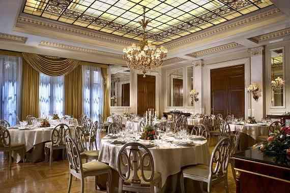 lux101_Ballroom Royal