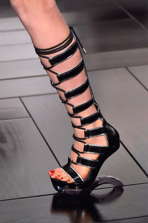 54bbdcb1e47cf_-_nds-2014-accessories-gladiators-01-mcqueen-clp-rs15-2068-lg