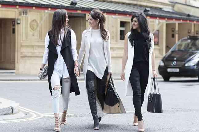 LAuren Hunt Kamila Chia Naz Maghounaki 2 Vogue 25Apr15 Dvora_b_646x430
