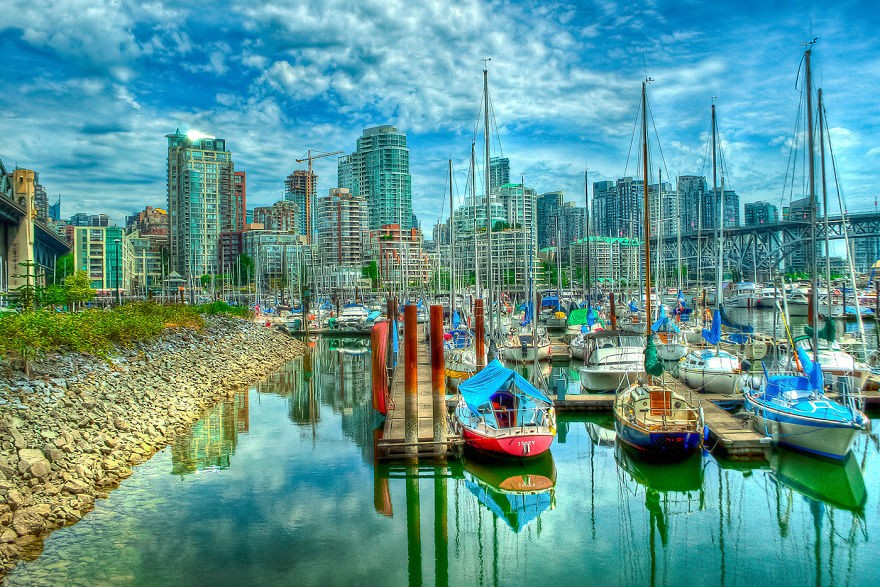 Illuminating-the-City-Surreal-Composite-Photographs-of-Vancouver11__880