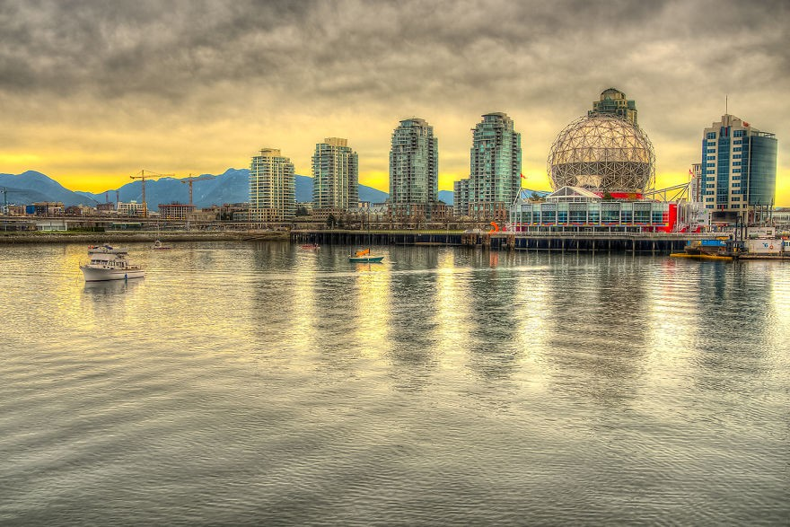 Illuminating-the-City-Surreal-Composite-Photographs-of-Vancouver13__880